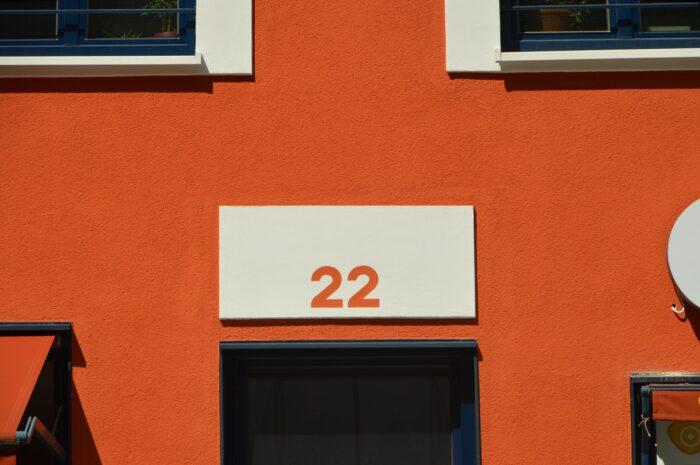 Společnost nechce zrušit své sídlo na adrese, na které již nepůsobí. Jak je možné postupovat?