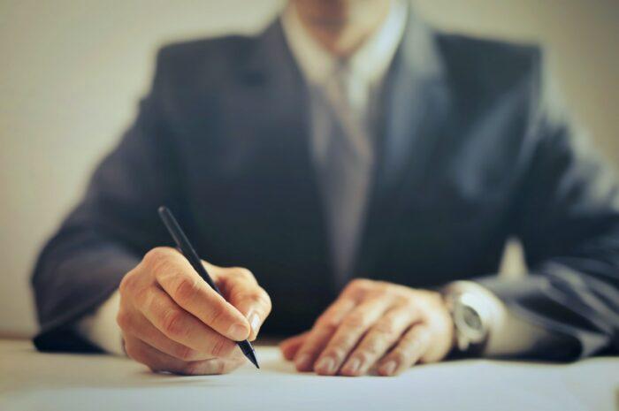 Advokát, právník – jaký je mezi nimi rozdíl?